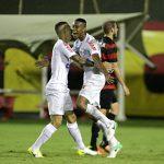 Vitória perde para o Santos e volta para a Zona de rebaixamento