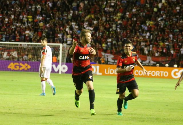 Sport, Timão, Santos, Coxa e Galo vencem