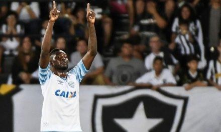Avaí ganha do Botafogo no Rio  e sai da lanterna