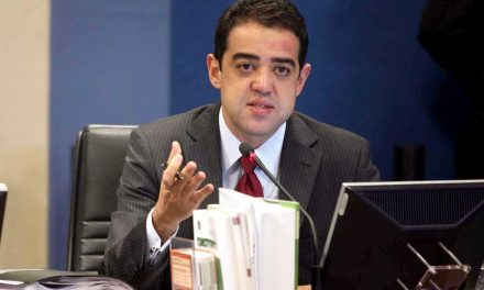 TCU aprova  contas do Governo Federal com ressalvas