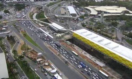 Trânsito agora – ACM e Oscar Pontes com trânsito bem movimentado