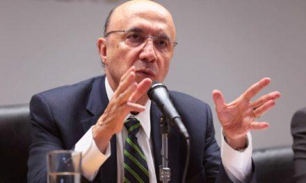 Desemprego no Brasil: cai de 13,5% para 13%, informalidade ajuda