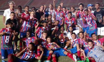 Garotada tricolor é campeã da Copa Metropolitana Sub-15