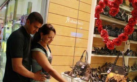 Saques do FGTS podem aquecer vendas para o Dia dos Namorados