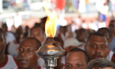 Fogo simbólico do 2 de julho deixa Cachoeira com destino a Salvador