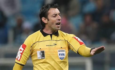 Raphael Claus – SP (FIFA) apita o Ba-Vi no Barradão