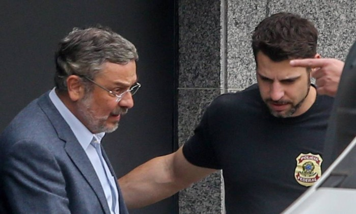 Moro diz que oferecimento de Palocci para ajudar  a Lava Jato, pesou contra ele próprio
