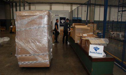 Receita apreende quatro toneladas de mercadorias no Aeroporto