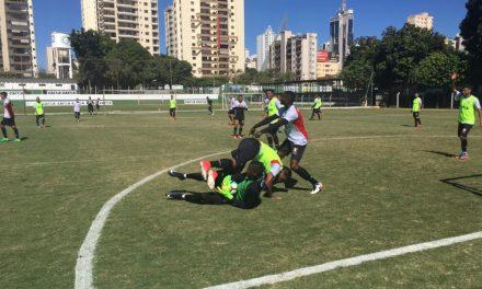 Vitória treinou hoje em Goiânia, mas time ainda não está definido