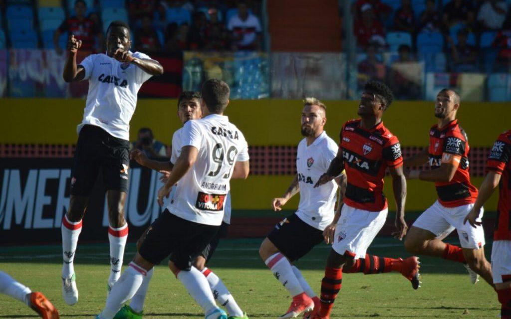 Mesmo jogando mal, Vitória ganha do Atlético-GO