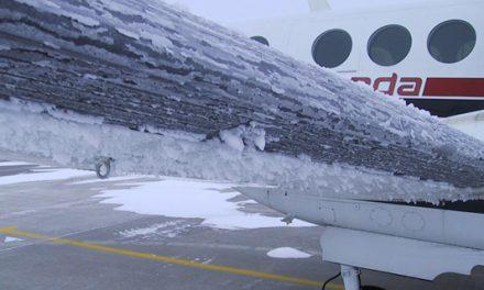 Voos atrasam no RS por acúmulo de gelo nas asas