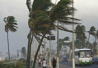 Travessia Salvador-Mar Grande continua suspensa pelo mau tempo