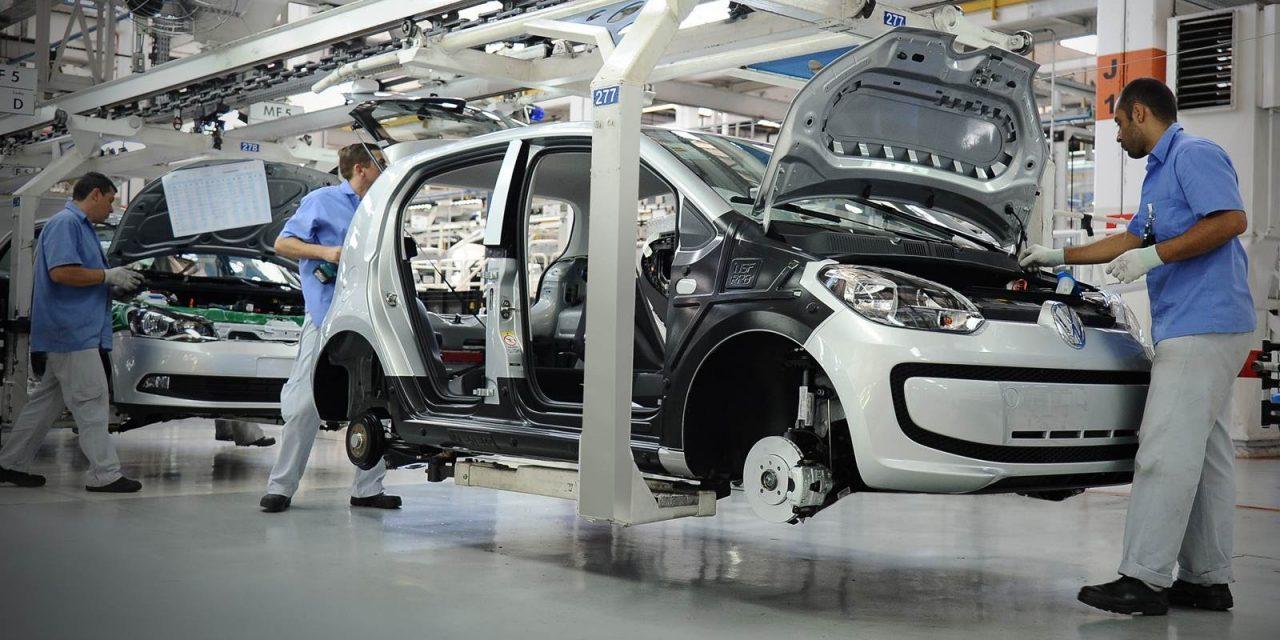 Produção de veículos cresce no Brasil 23% no 1° semestre