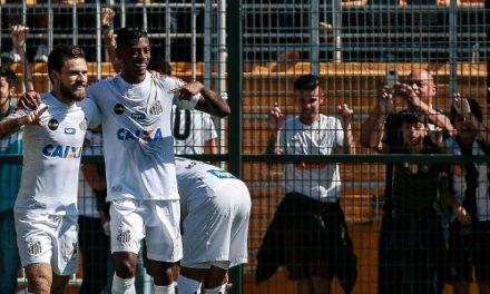 Santos ganha do Bahia com grande desempenho de Bruno Henrique