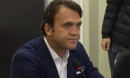 Petkovic diz que está em busca de reforços, mas que não pode garantir se eles virão