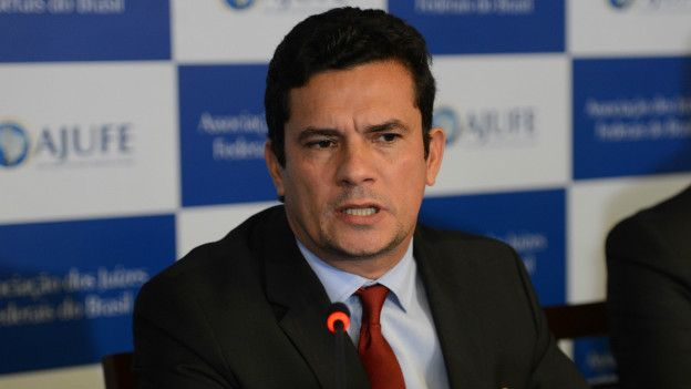 Moro diz que reforma política não é verdadeira e que não será candidato a cargo eletivo