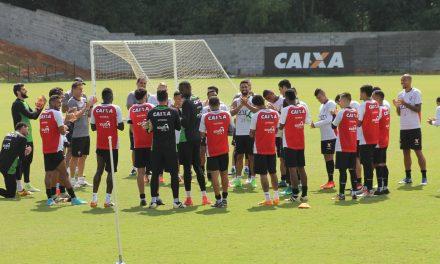 Após dois dias de folga Vitória volta aos treinamentos de olho no Coritiba