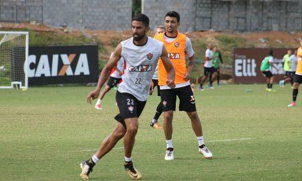 Mancini realiza treino minucioso, de olho no líder Corinthians