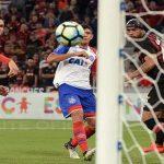 Atlético-PR 4 x 1 Bahia: que defesa é essa?