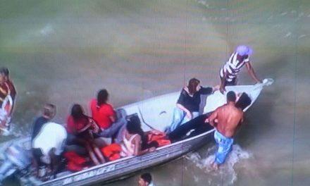Marinha confirma ao menos três mortes em acidente de lancha em Mar Grande