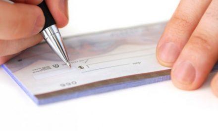 Estudo do SPC Brasil e CNDL mostra que 8% dos brasileiros ainda utilizam cheque pré-datado