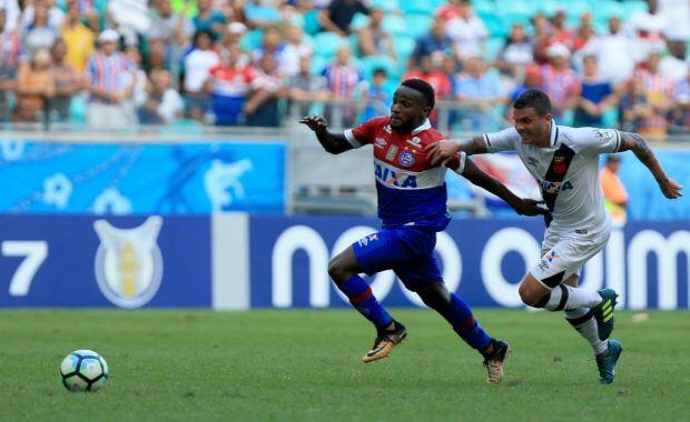Bahia 3 x 0 Vasco, com direito a olé