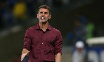 Mancini responde com firmeza a jornalista que minimizou boa atuação do Vitória