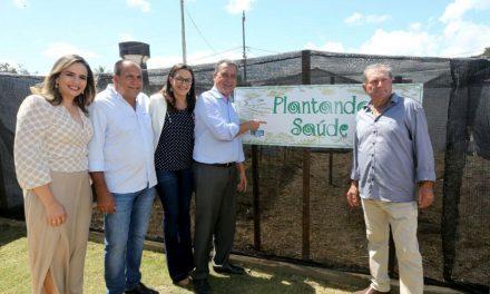 Rui entrega Cadastro Ambiental e realiza diversas ações de melhorias em Conceição do Almeida