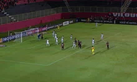 Vitória 3 x 1 Ponte Preta, invicto com Mancini