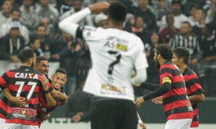 Vitória quebra invencibilidade do Corinthians e faz história
