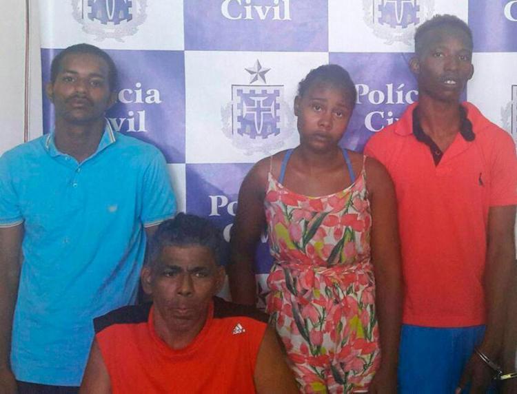 Polícia prende receptadores de celulares roubados