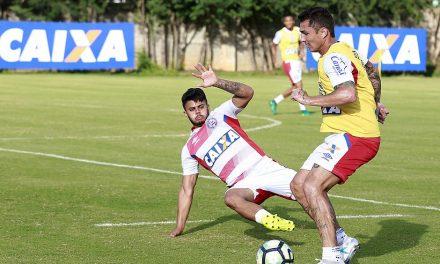 Vinícius no lugar de Régis deve seu uma das mudanças que Preto Casagrande fará no time do Bahia