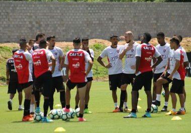 Mancini treina finalização pensando na partida contar o Atlético-MG em BH