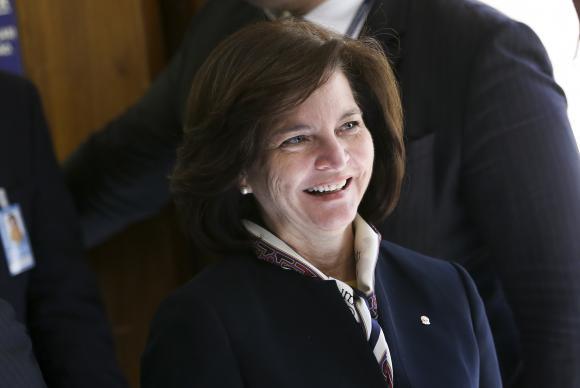 Nova procuradora-geral tomou posse na PGR e prega 'harmonia entre Poderes'