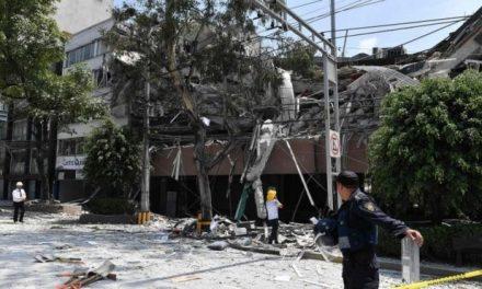 Vídeos de desmoronamento de prédios no México durante terremoto