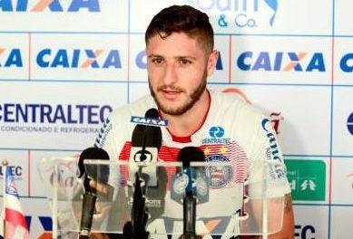Meia atacante acredita que o Bahia pode conseguir bom resultado contra o Cruzeiro