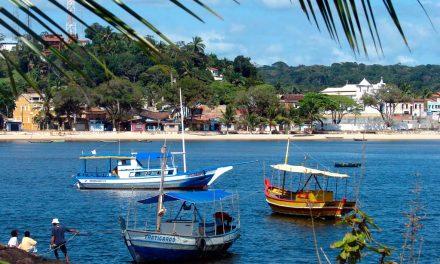 Rui visita Itacaré e Ubatã e autoriza construção de Centros de Canoagem e novos convênios