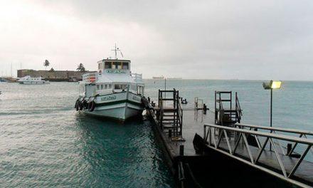 Mau tempo e ventos fortes forçam suspensão da travessia Salvador-Mar Grande