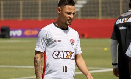 Atacante do Vitória vai enfrentar seu ex-clube domingo no Barradão