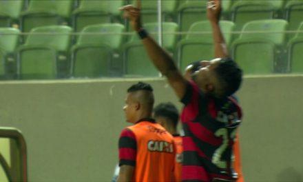 """Grande Vitória! 3 a 1 no """"Galo"""""""