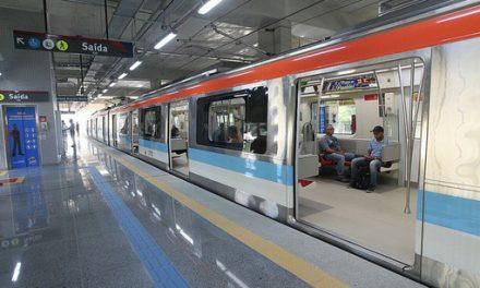 Voluntárias Sociais promovem passeio de duas mil crianças ao metrô
