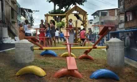 Moradores do Alto do Peru ganham nova praça após reivindicar equipamento à prefeitura