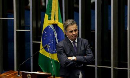Em meio a queda de braço entre STF e Senado está o destino do senador Aécio Neves