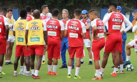 Para enfrentar o Corinthians Carpegiani terá a volta de cinco reforços