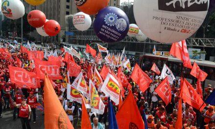 Deputado baiano tem projeto na Câmara que cria novo imposto sindical obrigatório