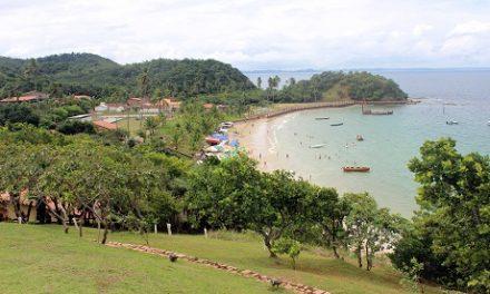 Selo Bandeira Azul de praia de Salvador renovado por júri internacional