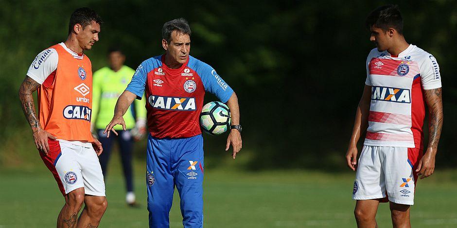 Bahia e Vitória dificilmente voltarão à zona na 27a rodada