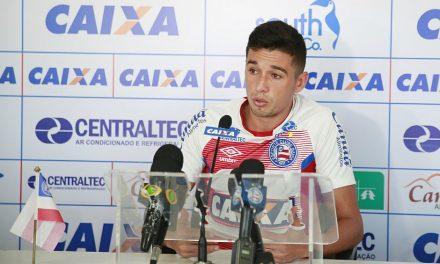 Juninho é questionado sobre fracassos do time e diz que nenhum time assusta o Bahia
