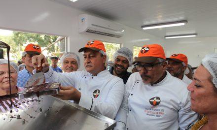 Cultura do cacau na região sul da Bahia é valorizada com inauguração de fábrica escola