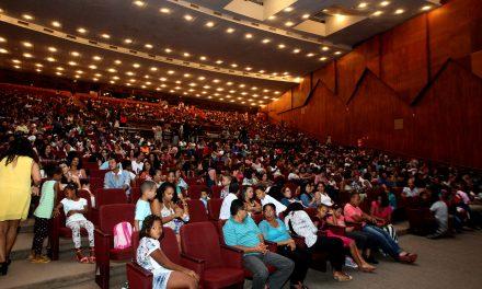 Teatro Castro Alves comemora 50 anos com programação especial para crianças